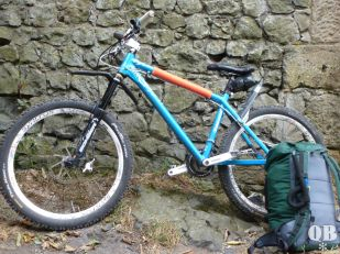 Light-Bikepacking-Downhill ... genau!